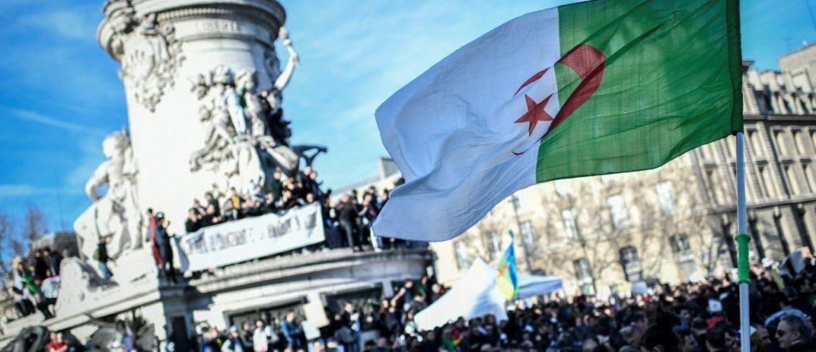 manif-algerie-paris-24fev
