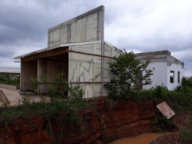 Minority to summon Health Minister over abandoned 'Mahama hospital projects'